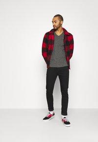 Tommy Jeans - SIMON  - Jeans slim fit - new black - 1