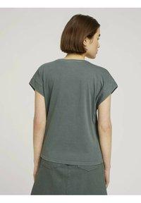 TOM TAILOR DENIM - T-shirt basic - dusty pine green - 2