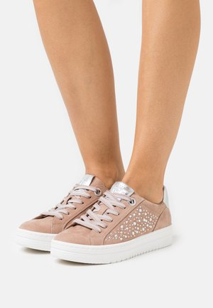LACE-UP - Sneakers laag - nude