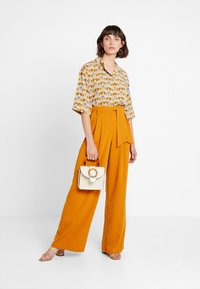 mint&berry - Trousers - yellow - 1