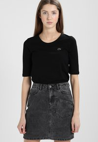 Lacoste - Basic T-shirt - black - 0