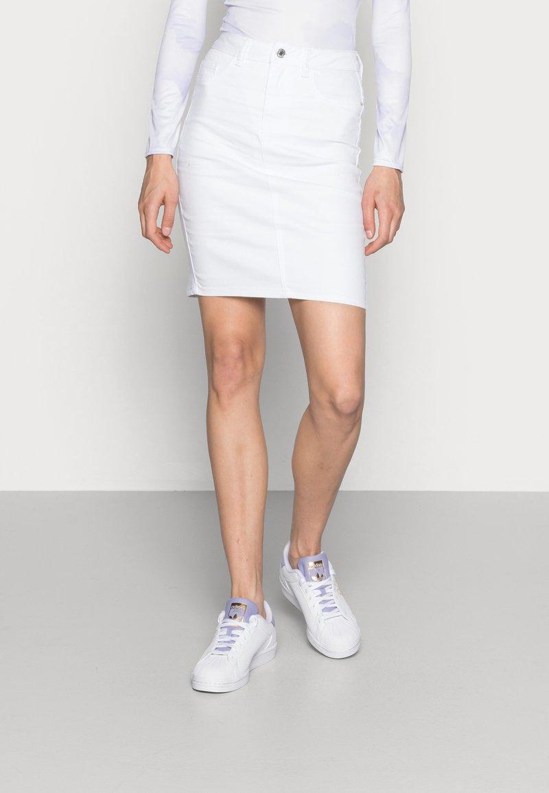 Vero Moda - Pencil skirt - bright white
