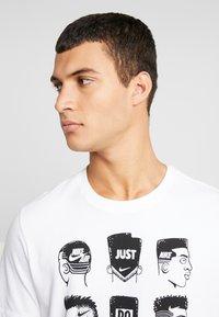 Nike Sportswear - TEE - Print T-shirt - white - 4