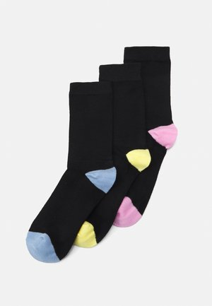 SOCKS 3 PACK - Socks - black