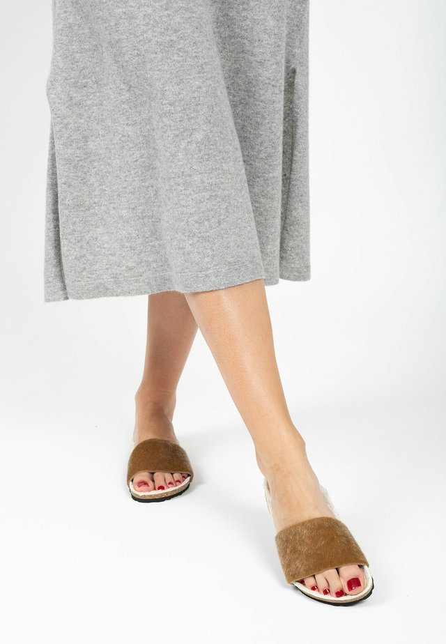 Mules - light brown