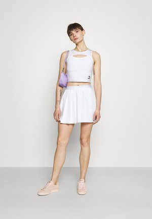 CLASSICS CUT OUT  - Top - white