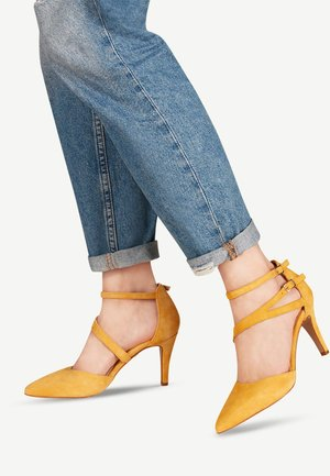 High heeled sandals - sun