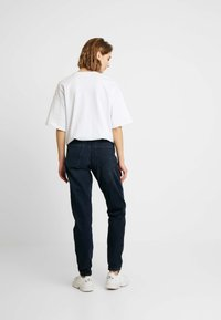 Topshop - MOM - Relaxed fit jeans - blue black - 2