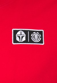 Element - STAR WARS X ELEMENT MANDO - Print T-shirt - fire red - 2