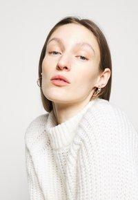 Lauren Ralph Lauren - STIRRUP HOOP - Earrings - gold-coloured - 0