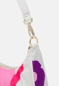 Valentino Bags - REGISTAN - Handbag - bianco/multic - 3