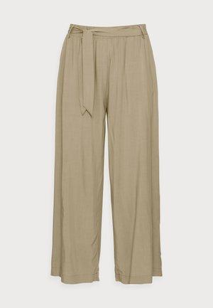 PANTS WOVEN - Trousers - light khaki