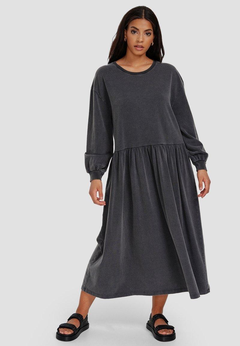Cotton Candy - Maxi dress - schwarz
