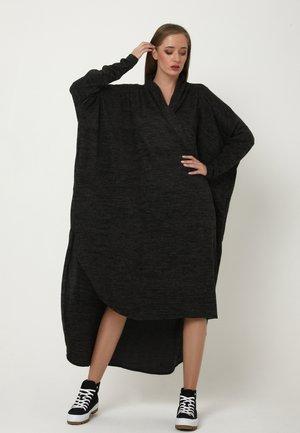 KORNA - Jumper dress - schwarz