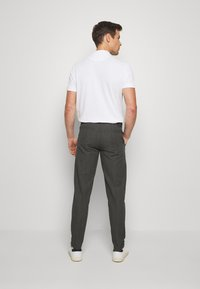 Lindbergh - CHECKED CLUB PANTS - Tygbyxor - grey - 2