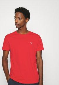 GANT - THE ORIGINAL - T-shirt - bas - fiery red - 3