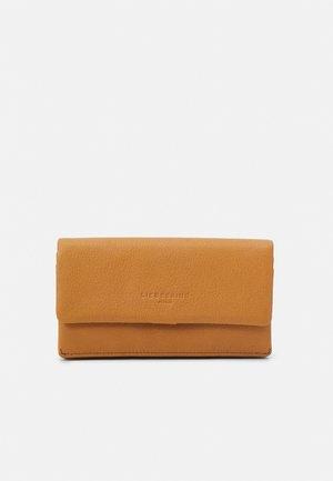 SLAM - Wallet - light tan