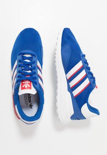 TRAINER LITE UNISEX - Trainers - royal blue/footwear white/scarlet