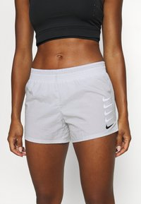 Nike Performance - RUN SHORT - Pantalón corto de deporte - grey fog/black - 3