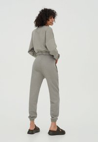 PULL&BEAR - Tracksuit bottoms - grey - 1