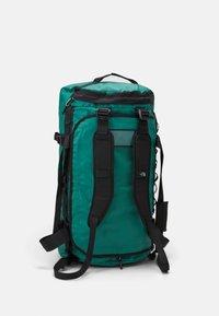 The North Face - BASE CAMP DUFFEL L UNISEX - Reistas - evergreen/black - 4