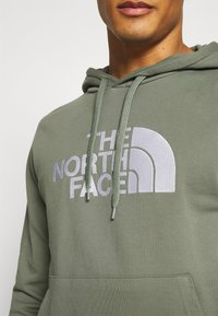 The North Face - MENS LIGHT DREW PEAK HOODIE - Jersey con capucha - agave green - 4