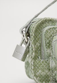 Núnoo - HELENA - Across body bag - light green - 4