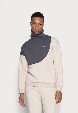COLORBLOCK TURTLENECK - Sweatshirt - beige grey