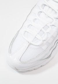 Nike Sportswear - AIR MAX - Sneaker low - white - 2
