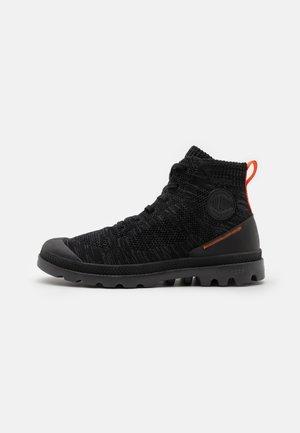 PAMPA LITE UNISEX - Lace-up ankle boots - raven/black