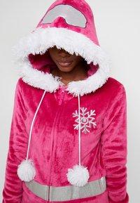 Loungeable - APRES SKI ONESIE - Pyjamas - pink - 5