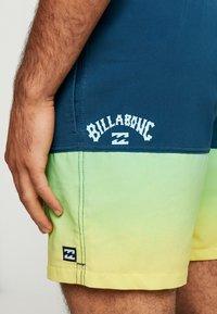 Billabong - FIFTY - Swimming shorts - citrus - 3