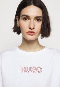 HUGO - NAKIRA - Mikina - white - 3