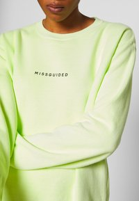Missguided - WASHED - Sweatshirt - lime - 5