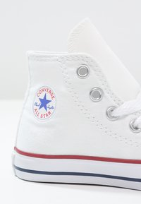 Converse - CHUCK TAYLOR AS CORE - Höga sneakers - optical white - 5