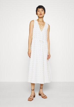 TULLY MIDI DRESS - Denní šaty - white