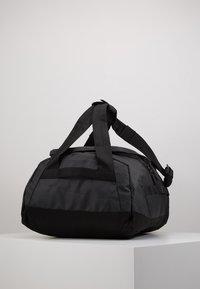 Peak Performance - VERTICAL DUFFLE  - Sports bag - black - 5