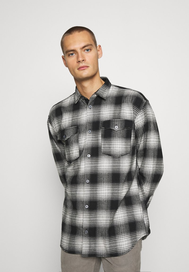 Jack & Jones - JCOOTTOWA WORKER - Skjorta - black