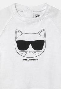 KARL LAGERFELD - BABY SET UNISEX - Tracksuit - black/white - 2