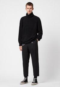 AllSaints - EAMONT FUNNEL - Fleece jumper - black - 1
