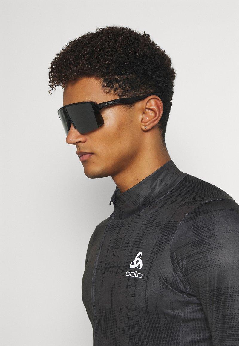 Oakley - SUTRO LITE UNISEX - Sportbrille - black