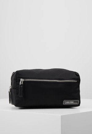 PRIMARY WASHBAG - Wash bag - black