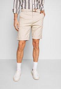 Esprit - Shorts - light beige - 0