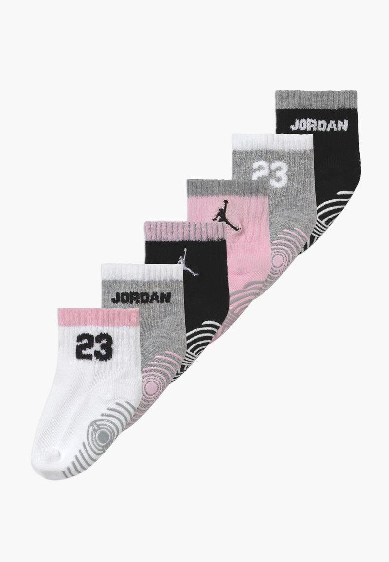 Jordan - LEGACY INFANT ANKLE 6 PACK - Sportovní ponožky - pink foam