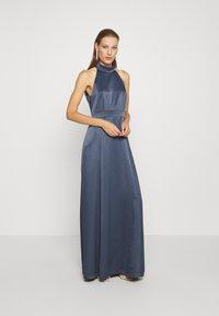 IVY & OAK - LONG NECKHOLDER DRESS - Suknia balowa - graphit blue - 1