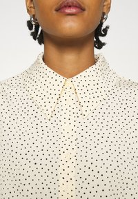 Monki - Button-down blouse - light yellow - 5