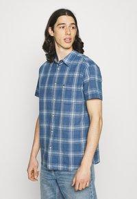 Wrangler - SHIRT - Shirt - dark indigo - 0