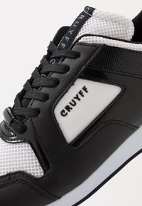 Cruyff - LUSSO - Sneakers - white/max blue - 5