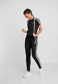 adidas Performance - 3S TEE - Camiseta estampada - black - 1