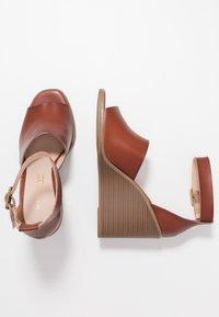 Madden Girl - GARLAND - High heeled sandals - cognac paris - 3